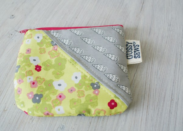 gussy-sews-zip-pouch